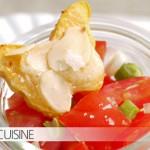 Süßkartoffel-Schmetterlinge mit einem schlichten Tomatensalat – heute in der Mittwochsbox