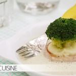 Insel mit Palmen oder Schnitzel in Rahmsoße mit Brokkoli – das richtige Outfit für Gemüse der ELBCUISINE-Kids