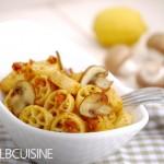Cashew-Tomaten-Pesto mit Nudeln oder auf's Brot – echt lecker!