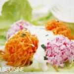 Bugs Bunny lässt grüßen: Farbenfrohe Möhren-Radieschen-Nester – Gemüse kann echt lecker sein!