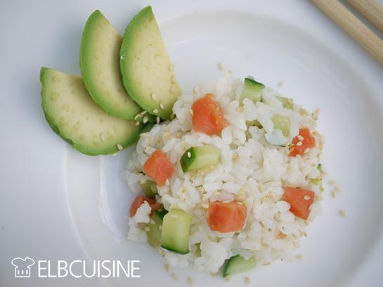sushi nicht gerollt sondern als k stlicher salat elbcuisine. Black Bedroom Furniture Sets. Home Design Ideas