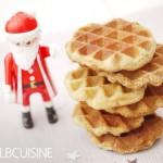 Der Weihnachtsmann klopft an… knusprige Zimt-Waffel-Kekse