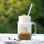 Nicht nur bei sommerlichen Temperaturen genau das Richtige: Tiramisu-Frappuccino!