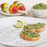 Sonnenblumenkern-Basilikum-Dip mit griechischen Spießen für einen zauberhaften Abend und ein wunderschöner Küchenkalender für 2017 // Gewinnspiel