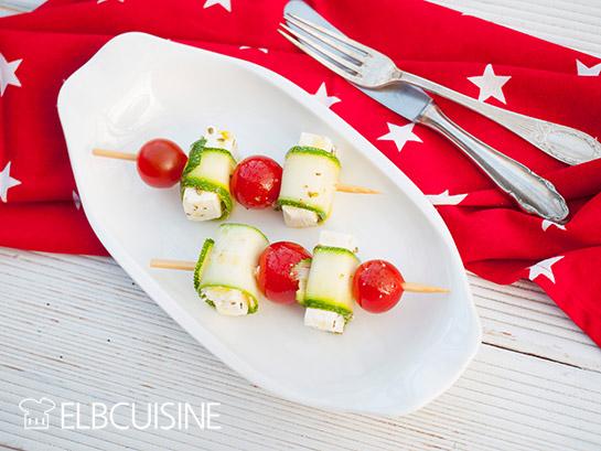Zucchini-Feta-Tomaten-Spieße