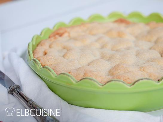 gedeckter Apfelkuchen Schale Nah